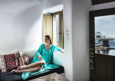 honeymoon-cave-suite-img-10