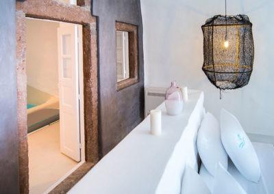 honeymoon-cave-suite-img-13