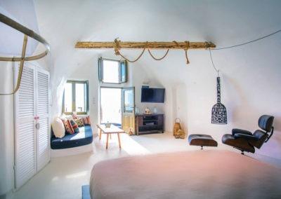 honeymoon-cave-suite-img-34