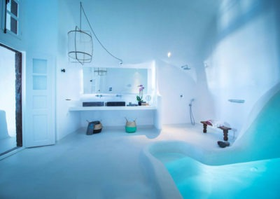 honeymoon-cave-suite-img-37