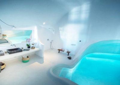 honeymoon-cave-suite-img-38