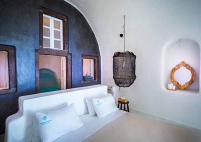honeymoon-cave-suite-img-39